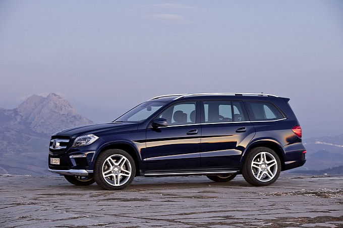 Mercedes Launches Gl Class Suv Priced At Rs 77 5 Lakh Bhatkallys Com