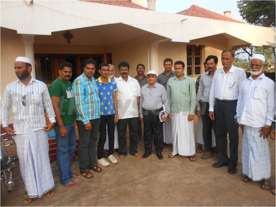 Photos : Al Emaan Sports Centre meets New MLA Mankal Vaidya at his residence