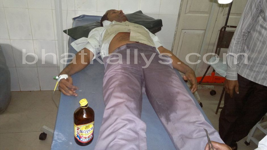 Photos : Asst Village Accountant Drinks Phenyl at Tahsildar Office Bhatkal