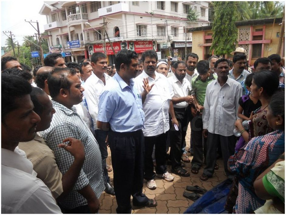 Photos : MLA Mankal Vaidya vents his ire on Tahsildar