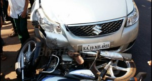 Car hits motorcycle near BSNL Telephone exchange, motorcyclist injured slightly