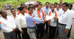 BJP representatives in Bhatkal demand restoring of 108 ambulance service