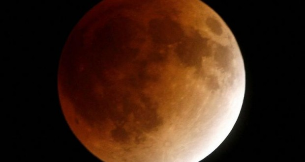 Two Moons Hoax: Mars Won't be as Big as 'Full Moon' on 27 ...