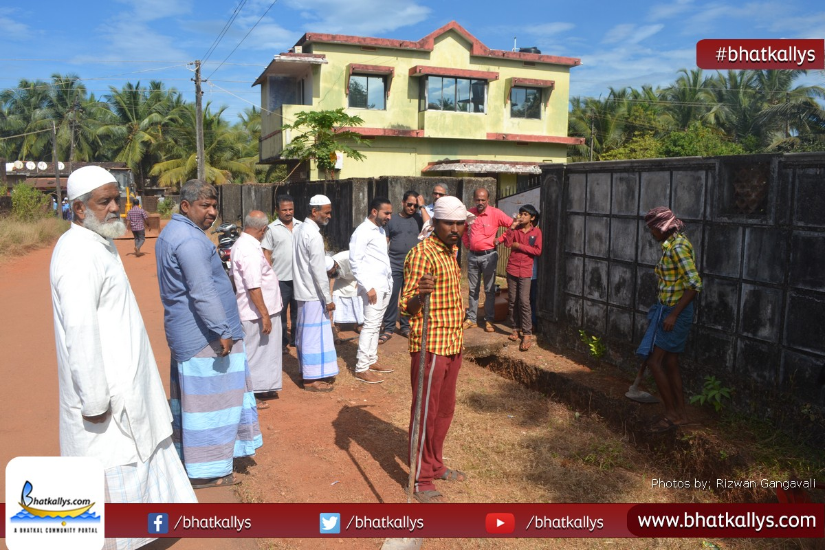Kitchen Construction Begins Soon : Photos initial road cleaning work begins in hanif abad